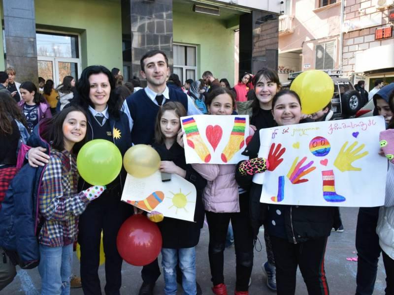 მანდატურები, მოსწავლეებთან ერთად, დაუნის სინდრომის საერთაშორისო დღეს აღნიშნავენ